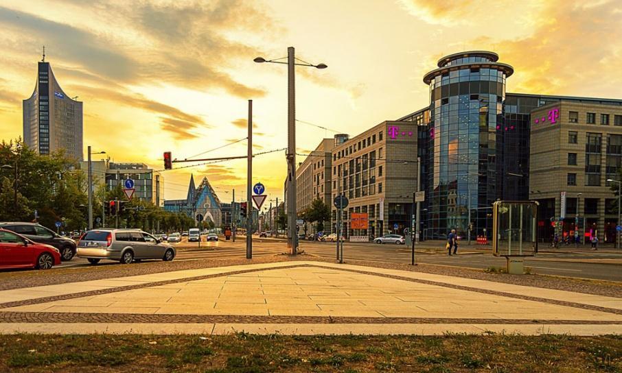 Die Agentur für Crossmedia Publishing 4iMEDIA arbeitet nun mit der Leipzig School of Media zusammen.
