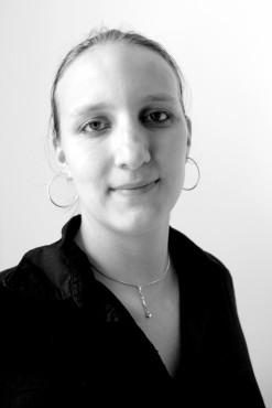 Jana Reichardt bereichert Agentur-Team bei 4iMEDIA in der Unternehmenskommunikation